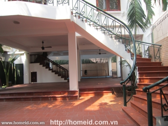 Charming villa for rent in Tay Ho