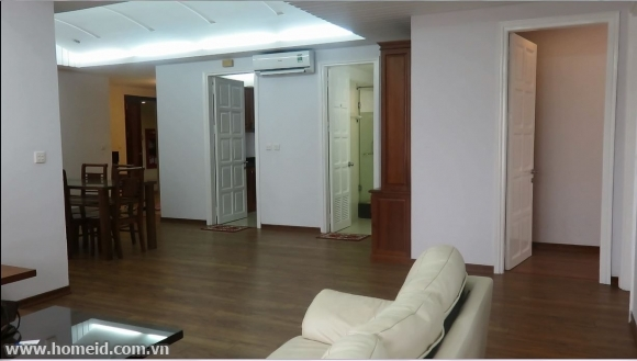 Attractive and beautiful 4 bedrooms apartment in Ciputra, Tay Ho district, Ha Noi city