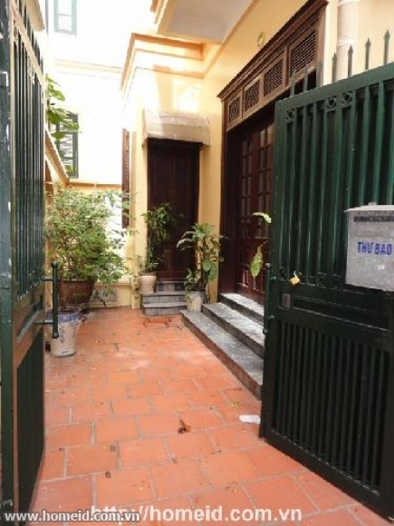 BEAUTIFUL AND CHEAP HOUSE FOR RENT IN TAY HO STREET, TAY HO DISTRICT