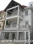 HOUSE FOR RENT WITH WEST LAKE VIEW IN DANG THAI MAI STREET